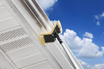 Gutter Whitening – Do Power Washing Companies Do This Automatically?